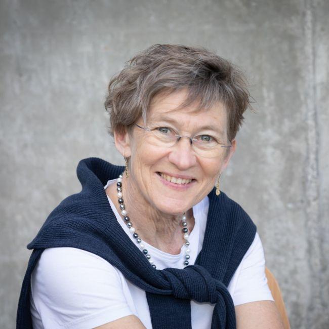 Iris Kofmel